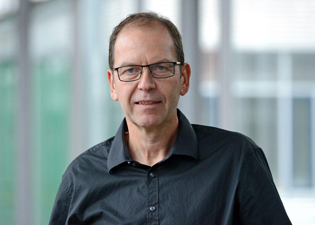 Portraitbild von Uwe Schönmann