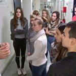 Oberstufenschüler aus Bottrop erkunden Versuchstierhaltung