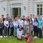 Nobelpreisträgerin begeistert Schülerinnen und Schüler